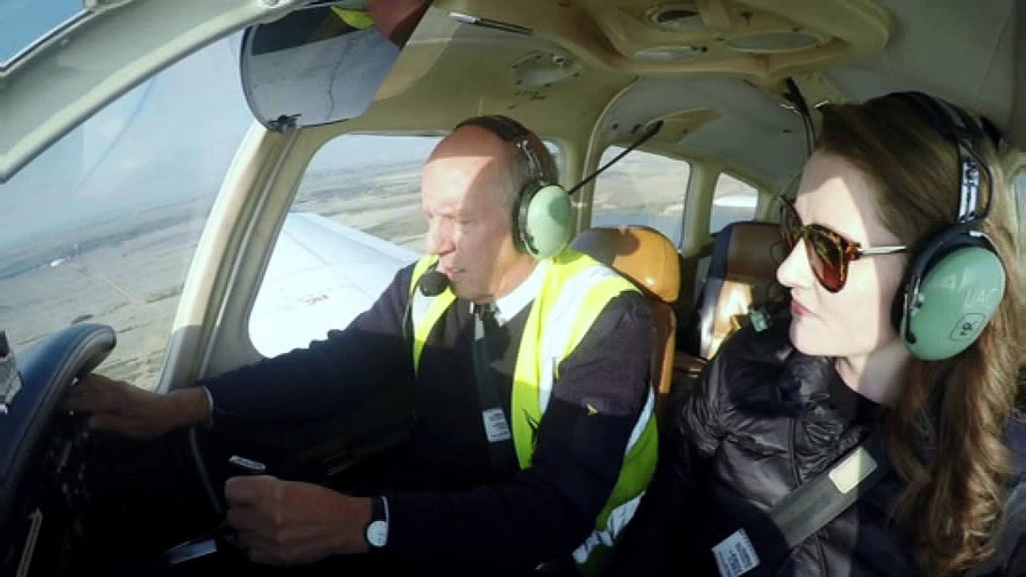 Instructor demonstrates controls